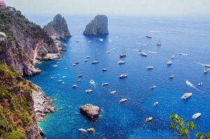 Boat-holidays-in-capri-768x509