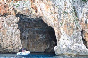 sailing-itineraries-orosei-sardinia Figs-Grotto-768x512