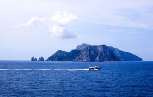 sorrento-coast-capri.Island-of-Capri-768x492