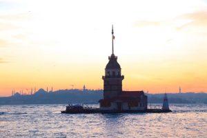 5-most-photographed-lighthouses Kiz-Kulesi-768x511