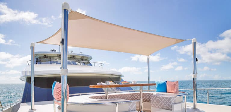 Ocean-Alexander-100-Skylounge-fore-sun-pad-768x372