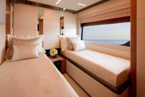 Ocean-Alexander-84-R-guest-bathroom-768x512