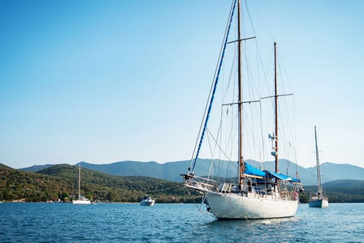 sailboats-1283741_1920