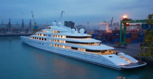 Superyachs news - Azzam