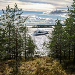Heesen Yachts _Oslo24_-_Anchor_Shot
