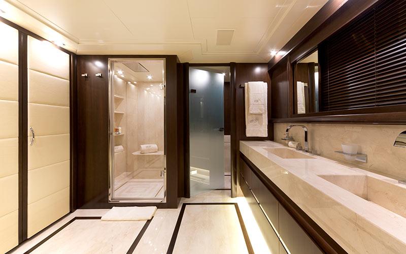 toilette-master-cabin
