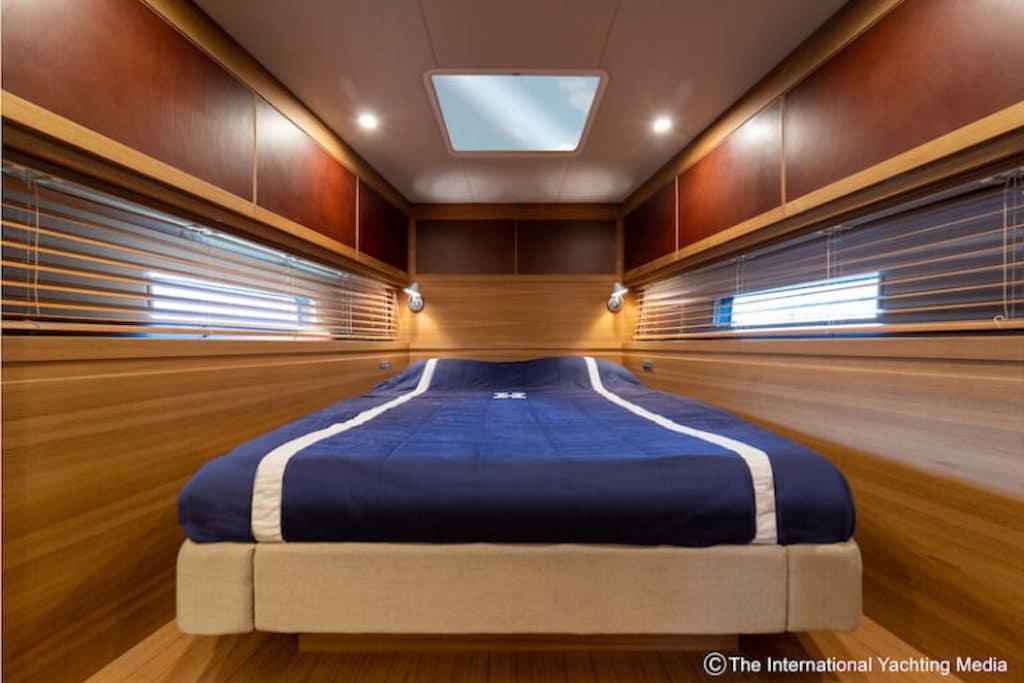 letto matrimoniale yacht